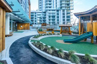 """Photo 19: 508 455 SW MARINE Drive in Vancouver: Marpole Condo for sale in """"W1 - WEST TOWER"""" (Vancouver West)  : MLS®# R2344786"""