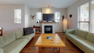 Photo 9: 38348 EAGLEWIND Boulevard in Squamish: Downtown SQ Townhouse for sale : MLS®# R2356405