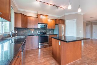Photo 3: 410 12268 224 Street in Maple Ridge: East Central Condo for sale : MLS®# R2357823