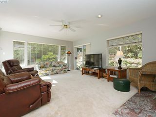 Photo 2: 1790 Fairfax Pl in NORTH SAANICH: NS Dean Park Single Family Detached for sale (North Saanich)  : MLS®# 810796