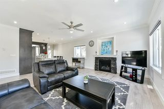 Photo 2: 2826 CLEARBROOK Road in Abbotsford: Abbotsford West House for sale : MLS®# R2362672