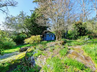 Photo 22: 1086 W Burnside Road in VICTORIA: SW Strawberry Vale Single Family Detached for sale (Saanich West)  : MLS®# 408892