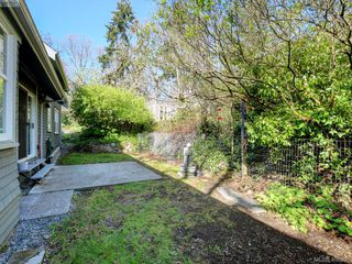 Photo 25: 1086 W Burnside Road in VICTORIA: SW Strawberry Vale Single Family Detached for sale (Saanich West)  : MLS®# 408892