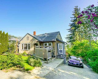 Photo 2: 1516 NANAIMO Street in New Westminster: West End NW House for sale : MLS®# R2366482