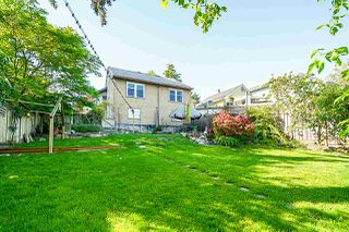 Photo 19: 1516 NANAIMO Street in New Westminster: West End NW House for sale : MLS®# R2366482