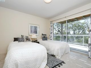 Photo 16: 1337 Tolmie Avenue in VICTORIA: Vi Mayfair Single Family Detached for sale (Victoria)  : MLS®# 410456