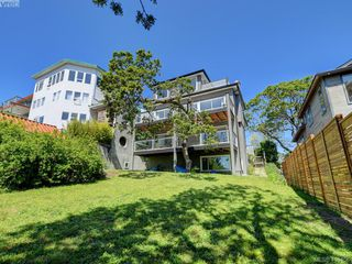 Photo 22: 1337 Tolmie Avenue in VICTORIA: Vi Mayfair Single Family Detached for sale (Victoria)  : MLS®# 410456