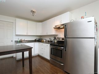 Photo 30: 1337 Tolmie Avenue in VICTORIA: Vi Mayfair Single Family Detached for sale (Victoria)  : MLS®# 410456