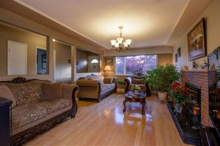 Photo 2: 7372 2ND Street in Burnaby: East Burnaby House for sale (Burnaby East)  : MLS®# R2369395