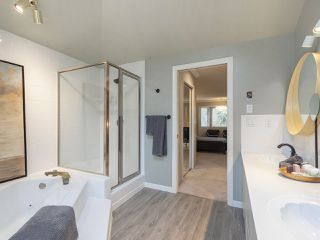 """Photo 13: 5211 HUMMINGBIRD Drive in Richmond: Westwind House for sale in """"WESTWIND"""" : MLS®# R2369532"""