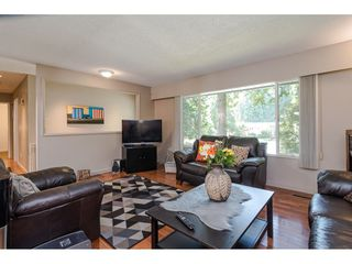 """Photo 4: 4532 200A Street in Langley: Langley City House for sale in """"Alice Brown school area"""" : MLS®# R2369514"""