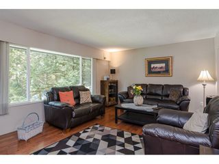 """Photo 3: 4532 200A Street in Langley: Langley City House for sale in """"Alice Brown school area"""" : MLS®# R2369514"""