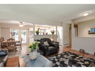 """Photo 5: 4532 200A Street in Langley: Langley City House for sale in """"Alice Brown school area"""" : MLS®# R2369514"""