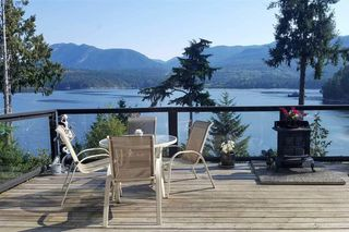 Photo 13: 6164 POISE ISLAND Drive in Sechelt: Sechelt District House for sale (Sunshine Coast)  : MLS®# R2372407