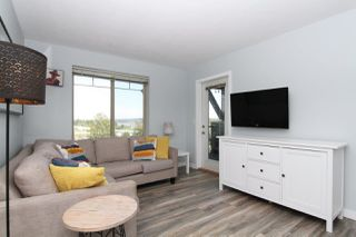 """Photo 2: 3412 240 SHERBROOKE Street in New Westminster: Sapperton Condo for sale in """"COPPERSTONE"""" : MLS®# R2379236"""