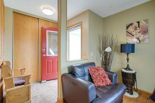 Photo 3: 4520 35 Avenue in Edmonton: Zone 29 House for sale : MLS®# E4162636