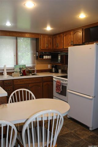 Photo 4: 230 1st Avenue in Benson: Residential for sale : MLS®# SK777858