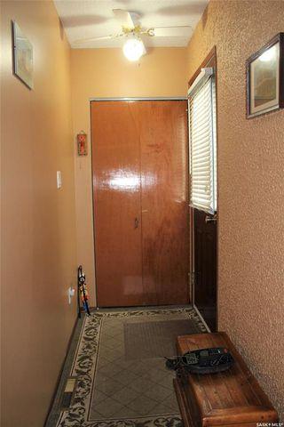 Photo 3: 230 1st Avenue in Benson: Residential for sale : MLS®# SK777858