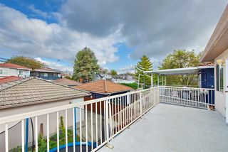 Photo 17: 795 E 52ND Avenue in Vancouver: South Vancouver House for sale (Vancouver East)  : MLS®# R2411120