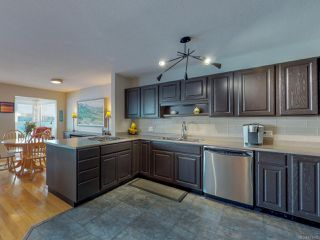 Photo 2: 403 539 Island Hwy in CAMPBELL RIVER: CR Campbell River Central Condo for sale (Campbell River)  : MLS®# 831665