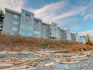 Photo 1: 403 539 Island Hwy in CAMPBELL RIVER: CR Campbell River Central Condo for sale (Campbell River)  : MLS®# 831665