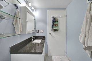 "Photo 24: PH4 2410 CORNWALL Avenue in Vancouver: Kitsilano Condo for sale in ""Spinnaker"" (Vancouver West)  : MLS®# R2465587"