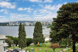 """Photo 20: PH4 2410 CORNWALL Avenue in Vancouver: Kitsilano Condo for sale in """"Spinnaker"""" (Vancouver West)  : MLS®# R2465587"""