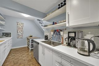 "Photo 4: PH4 2410 CORNWALL Avenue in Vancouver: Kitsilano Condo for sale in ""Spinnaker"" (Vancouver West)  : MLS®# R2465587"