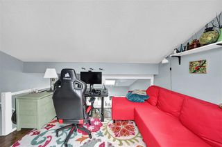 "Photo 16: PH4 2410 CORNWALL Avenue in Vancouver: Kitsilano Condo for sale in ""Spinnaker"" (Vancouver West)  : MLS®# R2465587"