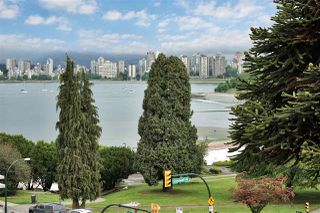 """Photo 19: PH4 2410 CORNWALL Avenue in Vancouver: Kitsilano Condo for sale in """"Spinnaker"""" (Vancouver West)  : MLS®# R2465587"""