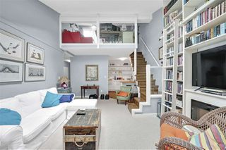 "Photo 11: PH4 2410 CORNWALL Avenue in Vancouver: Kitsilano Condo for sale in ""Spinnaker"" (Vancouver West)  : MLS®# R2465587"