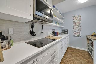 "Photo 3: PH4 2410 CORNWALL Avenue in Vancouver: Kitsilano Condo for sale in ""Spinnaker"" (Vancouver West)  : MLS®# R2465587"