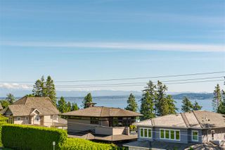 Photo 29: 13419 MARINE Drive in Surrey: Crescent Bch Ocean Pk. House for sale (South Surrey White Rock)  : MLS®# R2492166