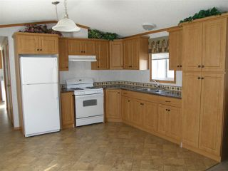 Photo 2: 24 62780 FLOOD HOPE Road in Hope: Hope Center Manufactured Home for sale : MLS®# R2492298