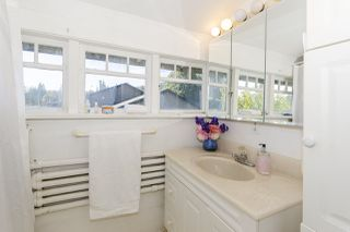 Photo 27: 1570 DOVERCOURT Road in North Vancouver: Lynn Valley House for sale : MLS®# R2512312