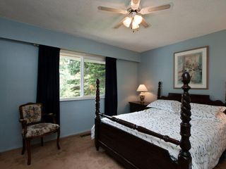 "Photo 7: 4720 RAMSAY Road in North Vancouver: Lynn Valley House for sale in ""Upper Lynn"" : MLS®# V883000"