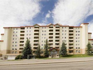 Photo 1: 202 2011 UNIVERSITY Drive NW in CALGARY: C-416 Condo for sale (Calgary)  : MLS®# C3484383