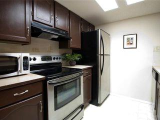 Photo 4: 202 2011 UNIVERSITY Drive NW in CALGARY: C-416 Condo for sale (Calgary)  : MLS®# C3484383