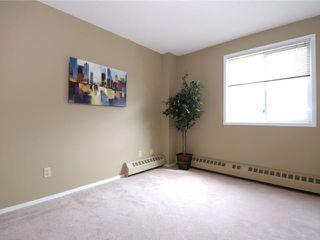 Photo 11: 202 2011 UNIVERSITY Drive NW in CALGARY: C-416 Condo for sale (Calgary)  : MLS®# C3484383