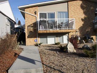 Photo 1: 3 2232 33 Avenue SW in CALGARY: Richmond Park Knobhl Townhouse for sale (Calgary)  : MLS®# C3499475