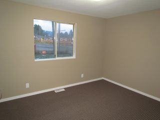 Photo 5: 45610 BERNARD Avenue in CHILLIWACK: House for rent (Chilliwack)