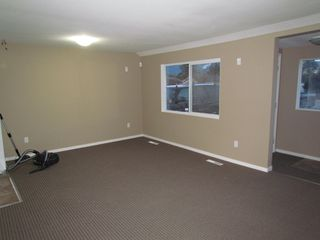 Photo 4: 45610 BERNARD Avenue in CHILLIWACK: House for rent (Chilliwack)