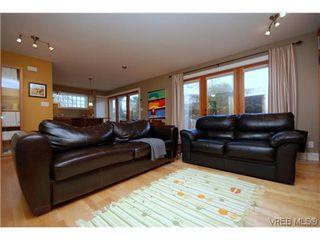 Photo 3: 1 727 Linden Avenue in Victoria: Vi Fairfield West Condo Apartment for sale : MLS®# 285761