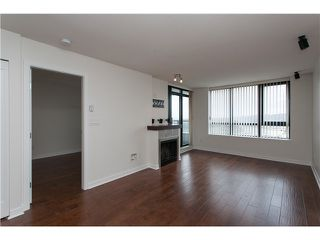 "Photo 4: 2006 1 RENAISSANCE Square in New Westminster: Quay Condo for sale in ""THE Q"" : MLS®# V1043023"