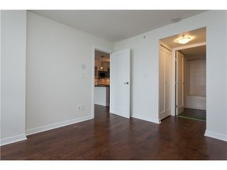 "Photo 10: 2006 1 RENAISSANCE Square in New Westminster: Quay Condo for sale in ""THE Q"" : MLS®# V1043023"