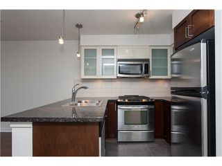 "Photo 7: 2006 1 RENAISSANCE Square in New Westminster: Quay Condo for sale in ""THE Q"" : MLS®# V1043023"