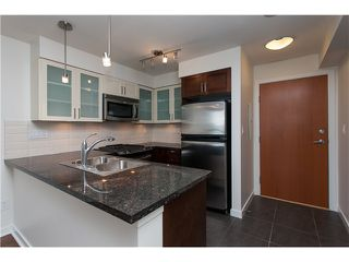 "Photo 6: 2006 1 RENAISSANCE Square in New Westminster: Quay Condo for sale in ""THE Q"" : MLS®# V1043023"