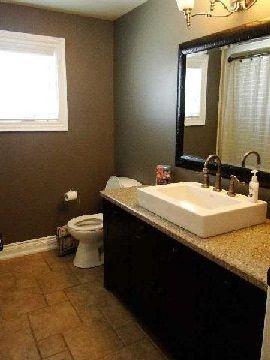 Photo 3: 4 Vine Avenue in Georgina: Pefferlaw House (Bungalow) for sale : MLS®# N2868079