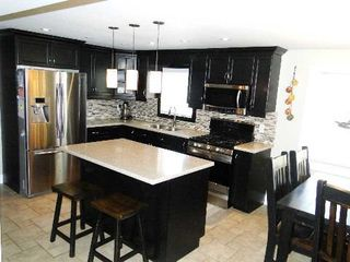 Photo 6: 4 Vine Avenue in Georgina: Pefferlaw House (Bungalow) for sale : MLS®# N2868079