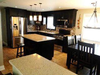 Photo 5: 4 Vine Avenue in Georgina: Pefferlaw House (Bungalow) for sale : MLS®# N2868079